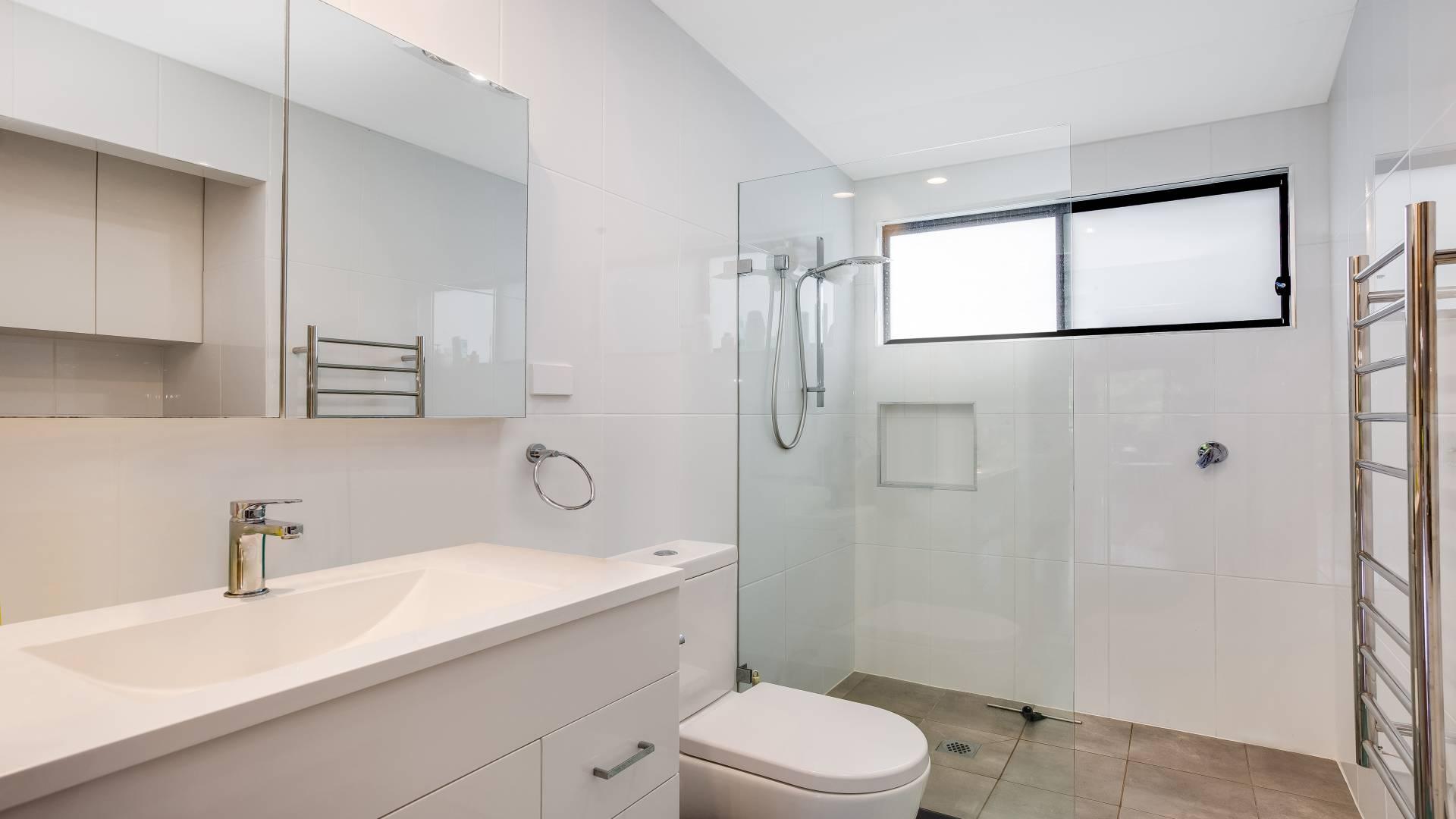 architecturally designed granny flat bath ipswich